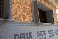 Delta-Vent SA Sticks to Sheathing - and to Itself