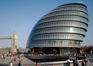 The curved structure and skin of Foster + Partners' Greater London Authority City Hall enhances the building's efficiency. A northern orientation allows for transparency-and good views to the plaza and river.
