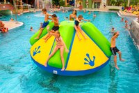 Recreonics Introduces New Standalone Inflatable for Commercial Pools