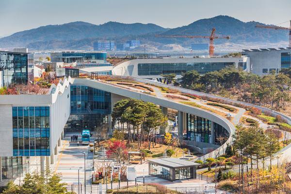 Sejong, South Korea Governmental City, Balmori Associates and Haeahn Architecture.