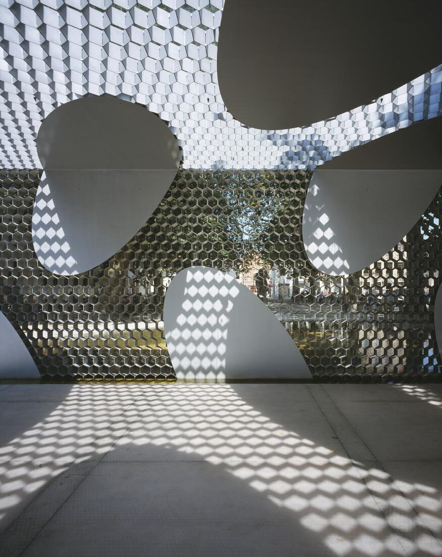 Toyo Ito's Brugge Pavilion