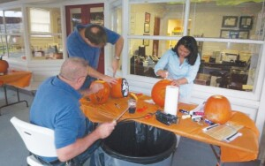 A carving party kicked off HomeMasons pumpkin carving contest.
