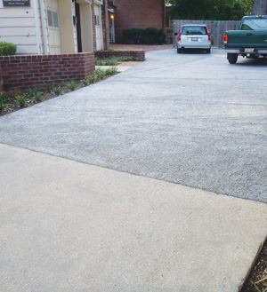 A pervious concrete driveway was an environmentally sound addition to the Bordley Randall House in the historic city of Annapolis, Md.