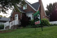 Least-Qualified Home Buyers Find Mortgages Scarce