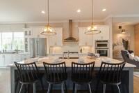 Mixed Metals Dominate Home Designs