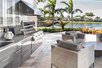 Seven Spectacular Outdoor Kitchens