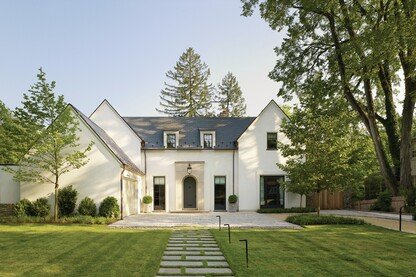 Airy Colonial Blends Contemporary and Traditional