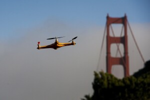 A drone flies in front of the Golden Gate Bridge during a demonstration at the Bloomberg Next Big Thing Summit in Sausalito, California, U.S., on Monday, June 9, 2014. The conference convenes tech's most important entrepreneurs, investors, and innovators for a discussion about what makes great tech leaders, successful companies, and disruptive products. Photographer: David Paul Morris/Bloomberg ** Usable by CT and LA Only **
