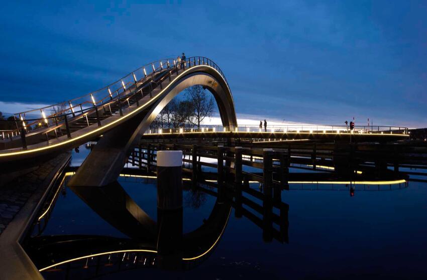 Melkweg Bridge
