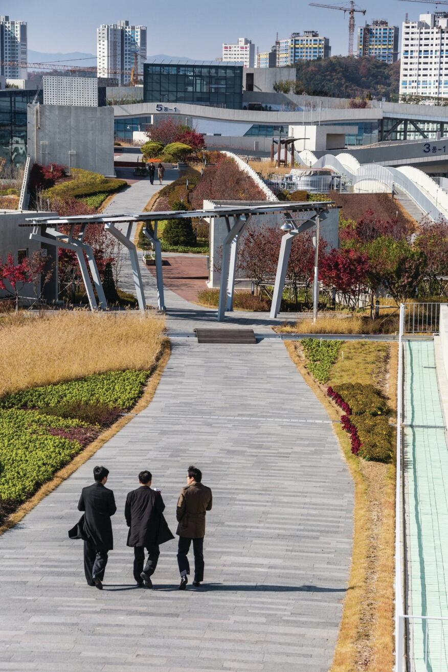 The miles of footpaths are reminiscent of New York's High Line, with additional structures, outcroppings, and viewing platforms interspersed among the pavers and plantings.