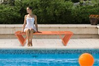 GloDea Debuts Stylish Poolside Seating with XQuare Bench