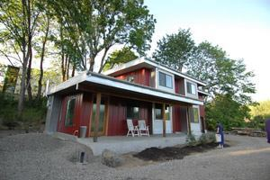 Green Hammer's single-family home in Oregon boasts FSC-certified, locally sourced framing lumber, plywood, countertops, flooring, trim, and kitchen cabinetry.