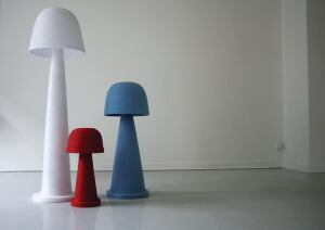 Inspired by mushrooms, the aptly named Fungi Lamp, designed by Amsterdambased designer Andreas Kowalewski, is made from nylon webbing wound around a mold and bonded with glue. Rather than emitting a beam of light, the lamp source glows from behind the fabric, offering a diffuse illumination. Fungi is available in three sizes, and in white, blue, or red. ¢ andreaskowalewski.com