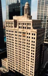 DOWNTOWN LIFE: Hamilton Properties redeveloped the Davis Building in Dallas into apartments. The property is 97 percent occupied.