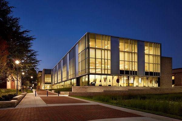 Andrew G. Truxal Library in Arnold, Maryland by EwingCole.