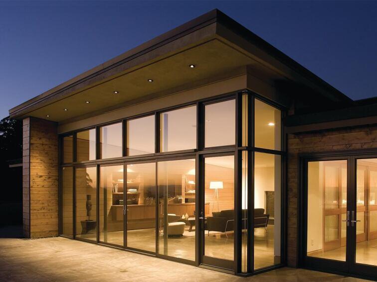 Ohashi Design Studio updates 1960s ranch in Emeryville, Calif.