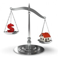 More money, less house, is the trend in pricing, per RealtyTrac October sales data.