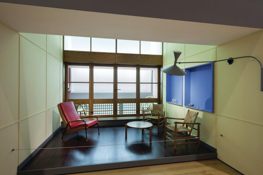Several interiors from Corb's buildings were reconstructed for the exhibition, including this living room from the Unité d'Habitation in Marseille.