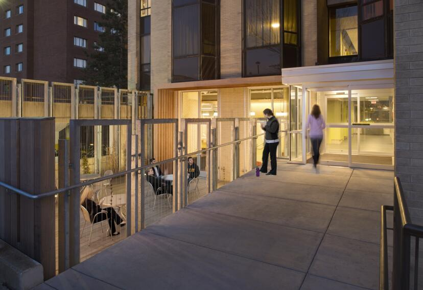2014 Grand Winner: Gallaudet University Residence Halls