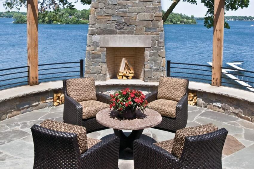 Palmer Pointe Lake Home, Lake Minnetonka, Minn.