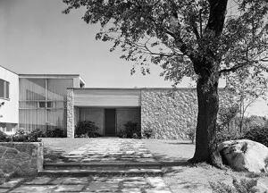Reid House, New York, by 2007 AIA Gold Medal winner Edward Larrabee Barnes.