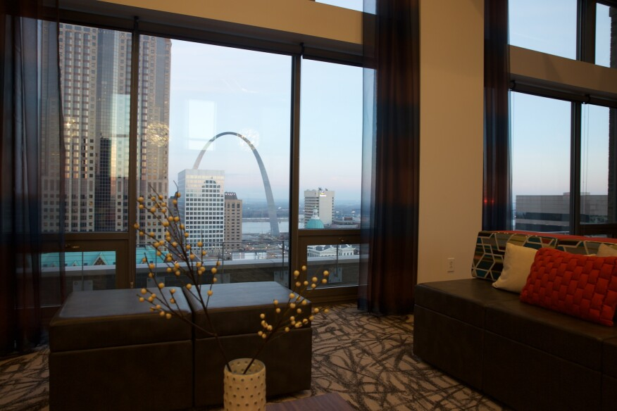 view, The Arch, St. Louis, community room, terrace, rooftop