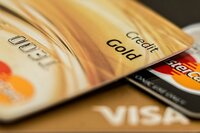 Retailers ask Supreme Court to Let Credit Card Swipe Fee Ruling Stand