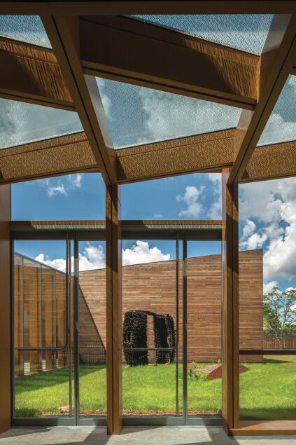 Much of the pergola glazing, which was sourced from fabricator JE Berkowitz, is clear vision glass. To minimize glare and heat-gain, a frit was applied to the ceiling panes.