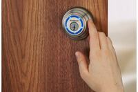 Kwikset Introduces Proximity- and Touch-Sensitive Smart Deadbolt