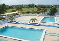 AquaFlex Pool Surround