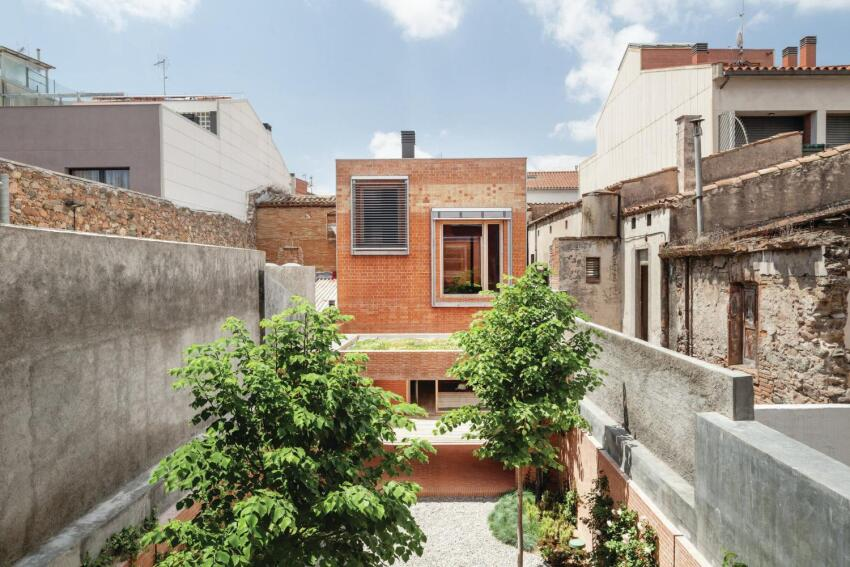 House 1014, Designed by H Arquitectes