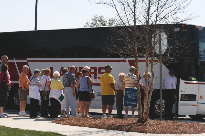 Del Webb Traffic Jam Two thousand lookers came to a model-home park opening at Stone Creek in Ocala, Fla., in February, fostering hope that Pulte??s active adult market is beginning to recover.