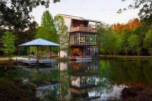 Hammond, Louisiana-based Pond House