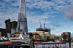 Renzo Piano's the Shard and Central St. Giles: Built for the 1 Percent, Open to the Rest