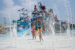 It List: Concessions: Casino Pier & Breakwater Beach Seaside Heights, N.J.