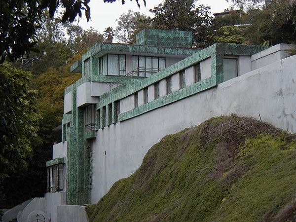The Samuel-Novarro House designed by Lloyd Wright in 1928 and renovated by Josh Schweitzer in the early 1990s.