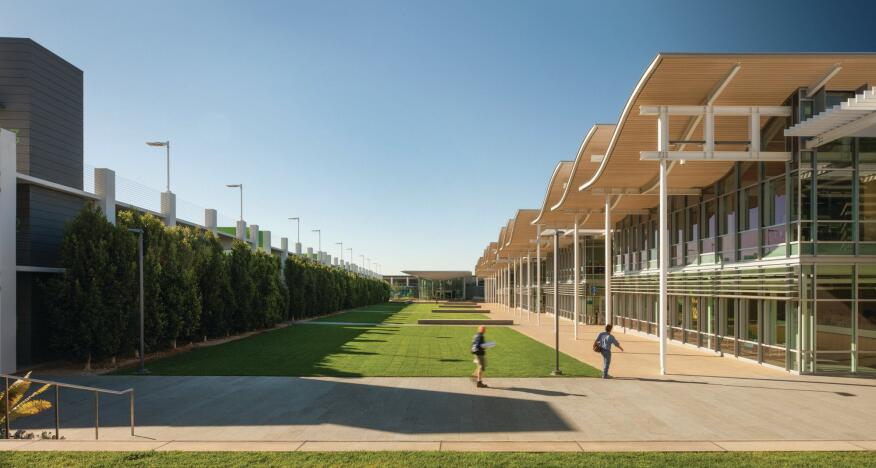 The public green of the new Newport Beach Civic Center and Park plays host to festivals and citywide events, and is anchored at the north end by an addition, also designed by Bohlin Cywinski Jackson, to an existing library.