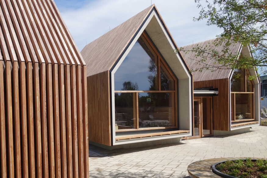 Fireplace sauna (center) and herbal sauna (right)