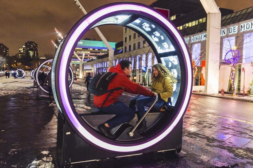 Luminothérapie, Loop. Place des Festivals, Quartier des Spectacles, Montreal.