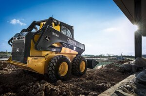 John Deere large-frame G-Series skid steer