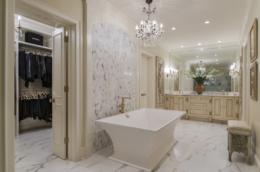 Renovating A Master Bath Into A Cohesive Master Suite Architect Magazine Ami Austin Interior