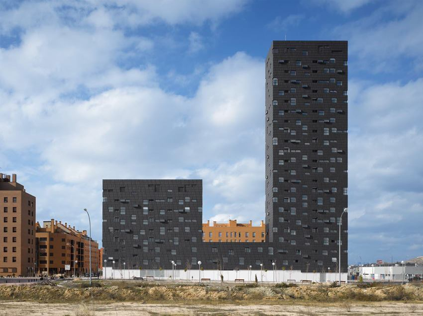 132 Subsidized Dwellings, estudio.entresitio, Madrid