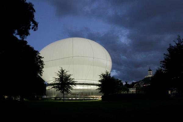 Serpentine Gallery Pavilion 2006, designed by Rem Koolhaas and Cecil Balmond, with Arup
