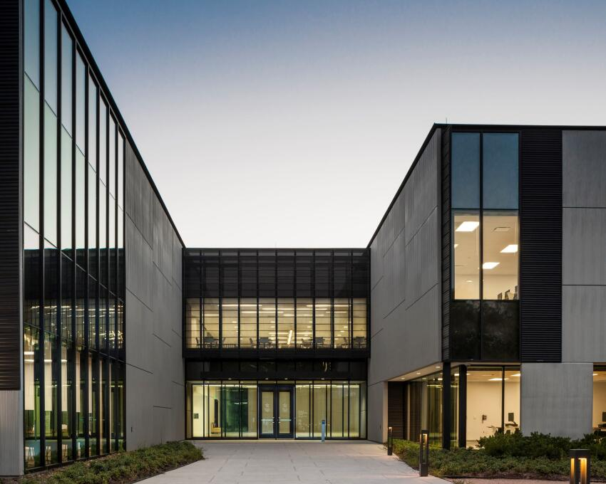 Lone Star College EMI - University Park, Houston    Morris Architects, Houston