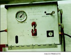Drivers use this self-contained, easy-to-mount control board to open and close  the hatch. The unit can be mounted either on the trailer or in the tractor's  cab.