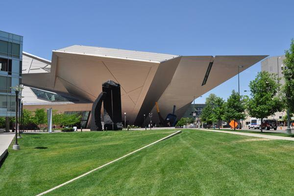 The Frederic C. Hamilton Building, an extension of the Denver Art Museum, was completed in 2006 by a team of Studio Daniel Libeskind and Davis Partnership Architects.