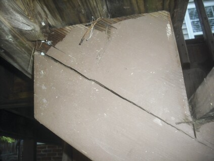 Failing to provide proper bearing for the stringer plumb cut can cause the stringer to shear along the grain.