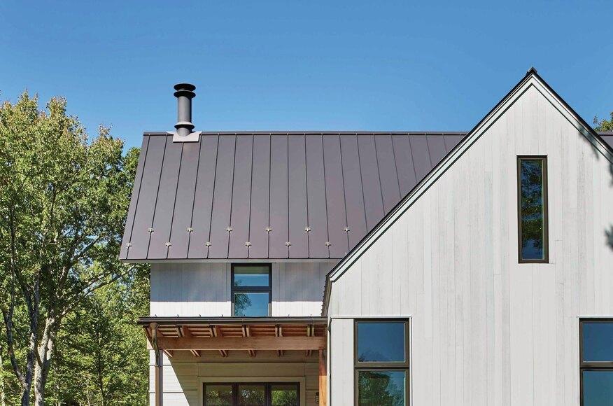 Modern farmhouse builder magazine albert righter for Modern home builder magazine