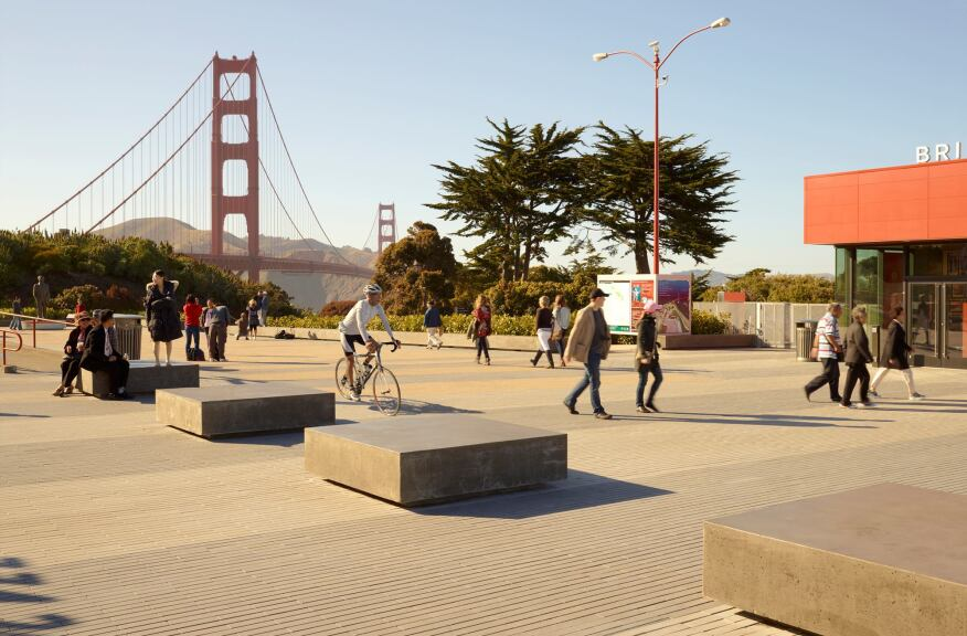 Golden Gate Bridge Plaza