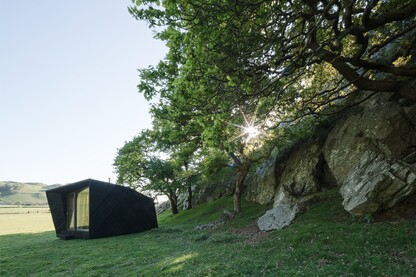 """Arthur's Cave"" Pop-up Hotel, Wales"